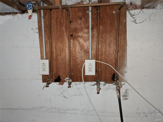 Uploaded image Laundry Hook-ups.jpg
