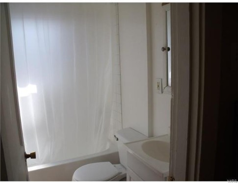 Uploaded image bathroom.jpg