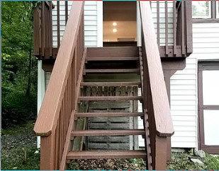 Uploaded image outside-stairs.jpg