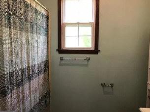 Uploaded image bathroom-2.jpg